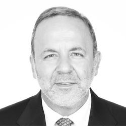 Др. Ерол Юзер